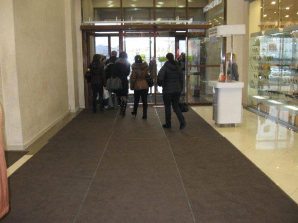 Аренда ковров для Торгового центра