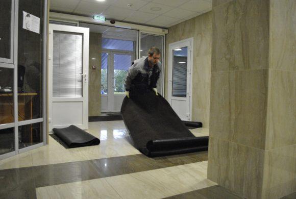 Сервис грязезащитных ковров для бизнес-центра