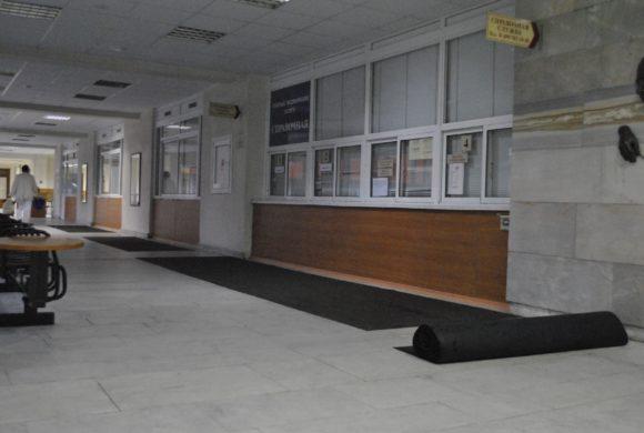 Сервис грязезащиных ковров в поликлинике