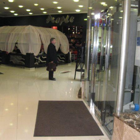 Аренда ковров для торговых центров